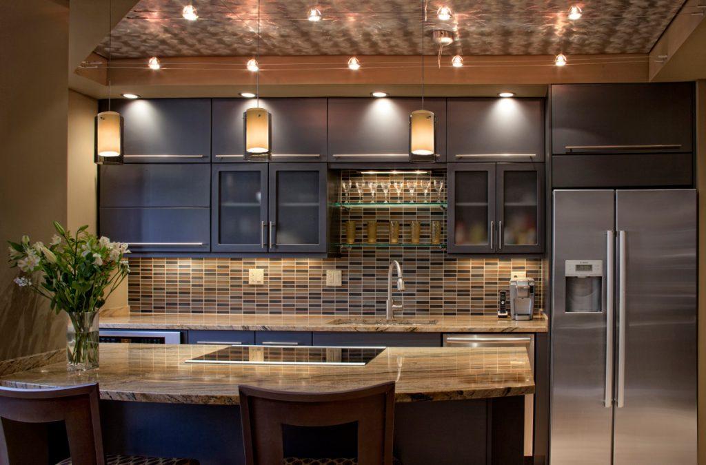 кухни с подсветкой фото дизайн дышит