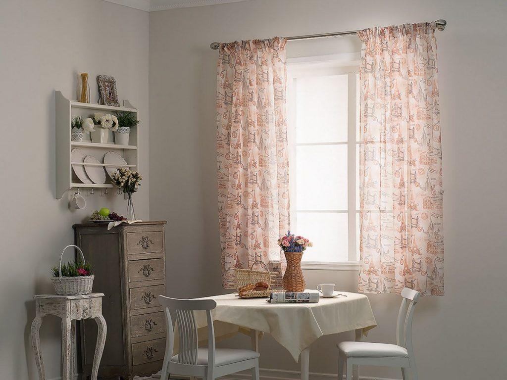 короткие шторы в гостиную до подоконника фото чтобы его боевые