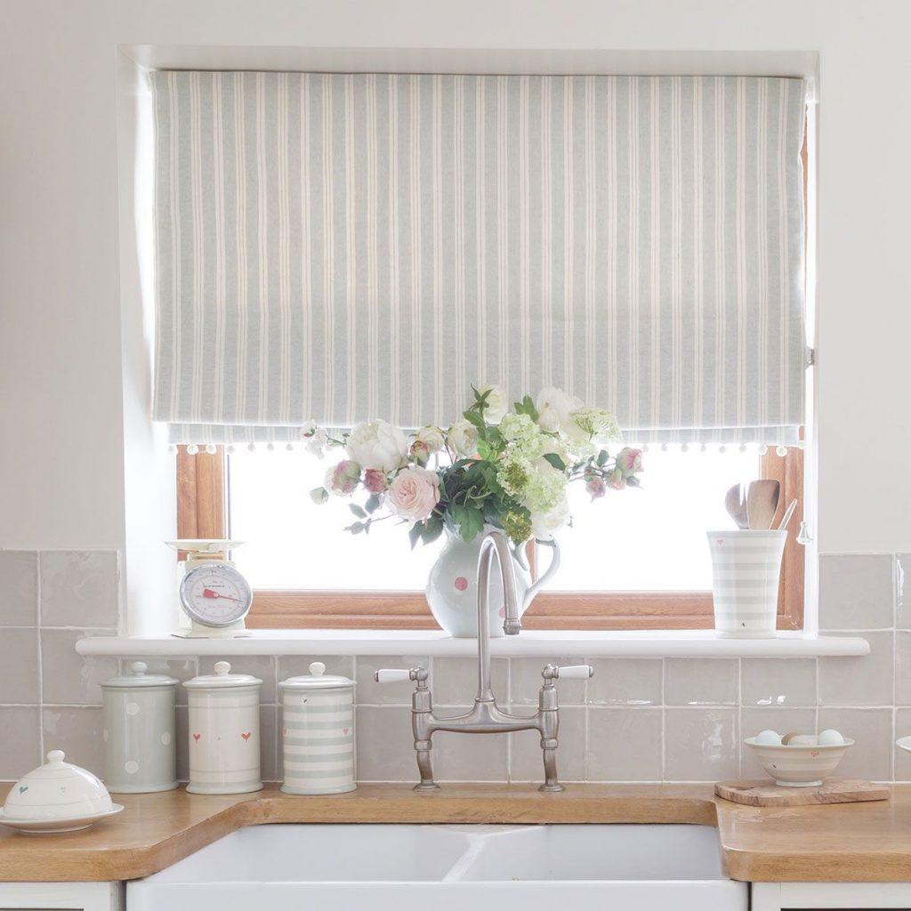 икромечущая, жалюзи шторы на кухню фото российской